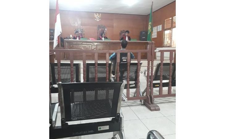 Kades-Syahrial-Divonis-8-Bulan-Penjara.jpg