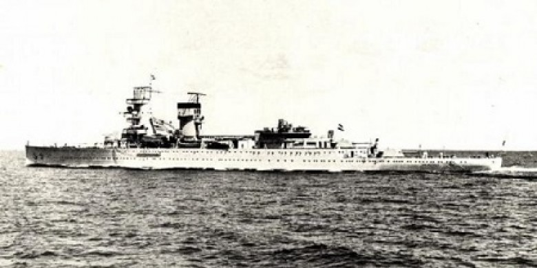 Kapal-Perang-Belanda.jpg
