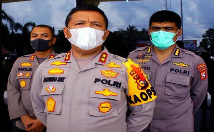 Kapolda-Riau-Irjen-Pol-Agung-Setiya-Imam-Efendi.jpg
