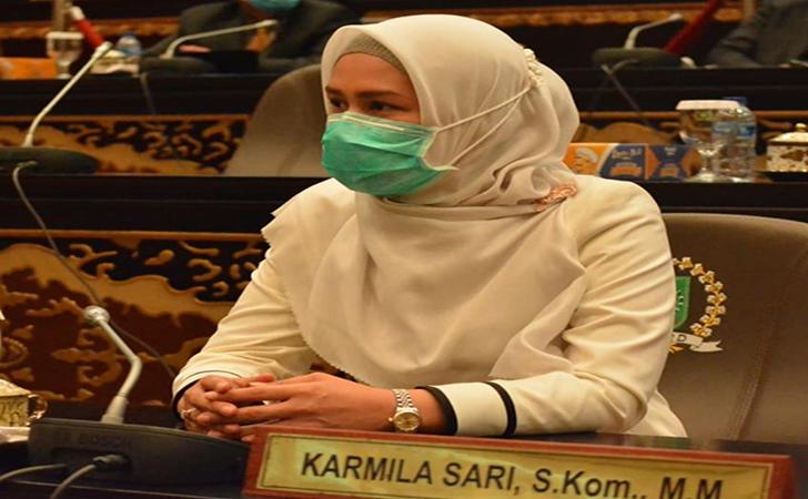 Karmila-Sari5.jpg