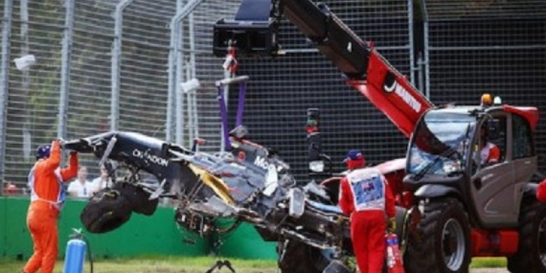 Kecelakaan-Fernando-Alonso.jpg