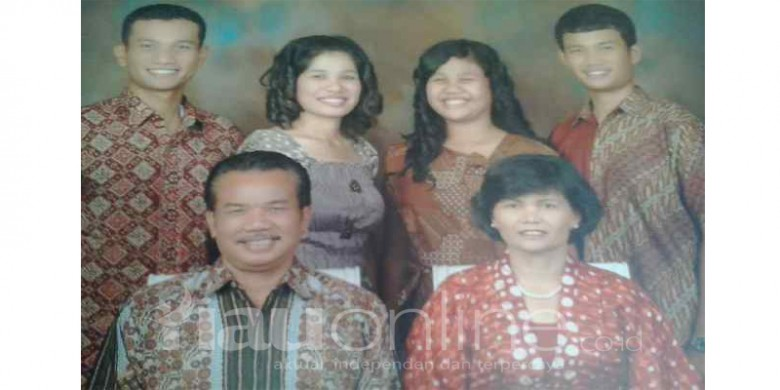 Keluarga-Sahala-Sihotang.jpg