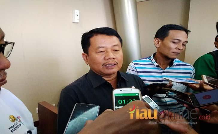 Kepala-Kejaksaan-Tinggi-Riau-Uung-Abdul-Syakur.jpg