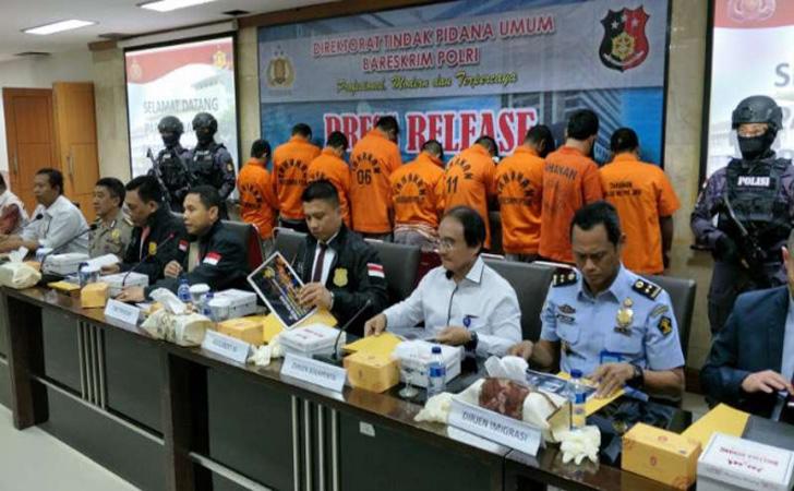 Kepolisian-membongkar-jaringan-Timur-Tengah.jpg