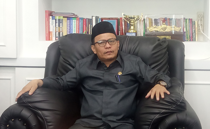 Ketua-DPRD-Kabupaten-Bengkalis-H-Kairul-Umam.jpg