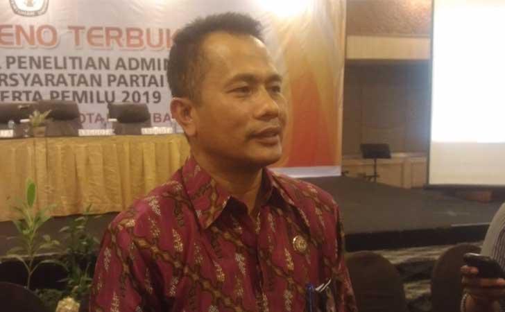 Ketua-KPU-Kota-Pekanbaru-Amiruddin-Sijaya.jpg