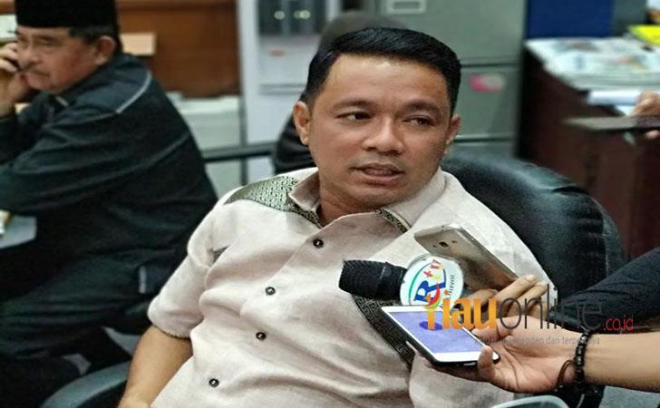 Ketua-Komisi-IV-Husni-Thamrin.jpg