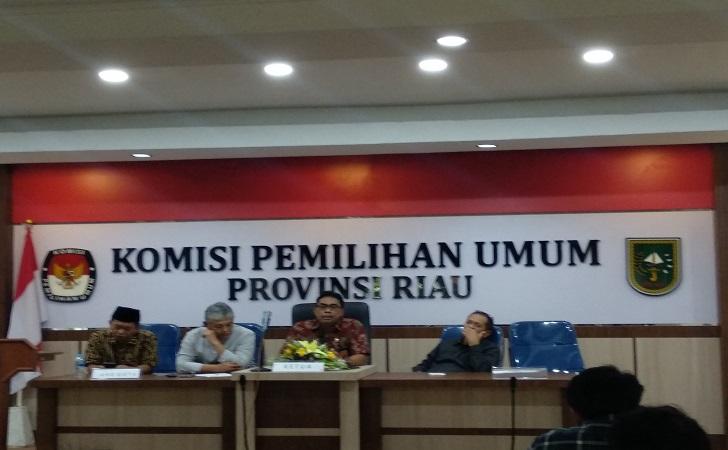 Komisioner-KPU-Riau-2019.jpg