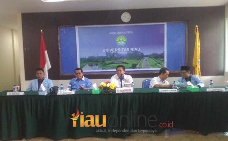 Konferensi-Pers-UR.jpg