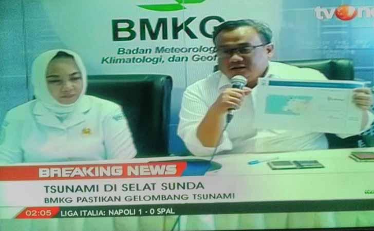 Konferensi-pers-Tsunami-Selat-Sunda.jpg