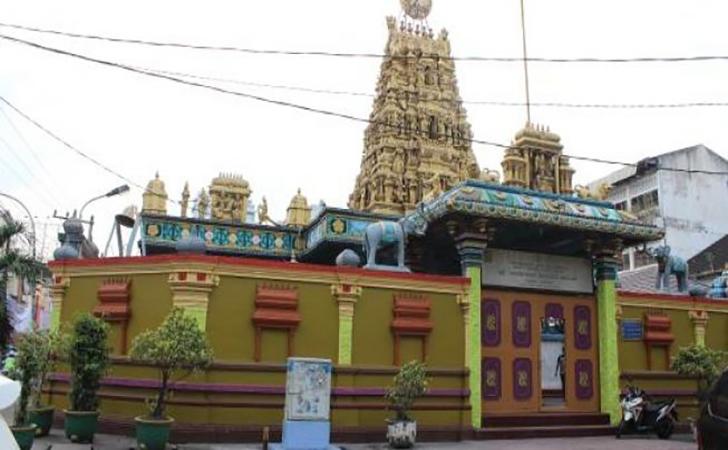 Kuil-Hindu-Shri-Mariamman2.jpg