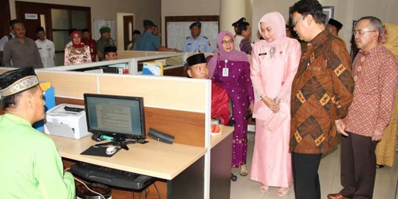Kunjungan-Mendagri-ke-BP2T-Riau.jpg