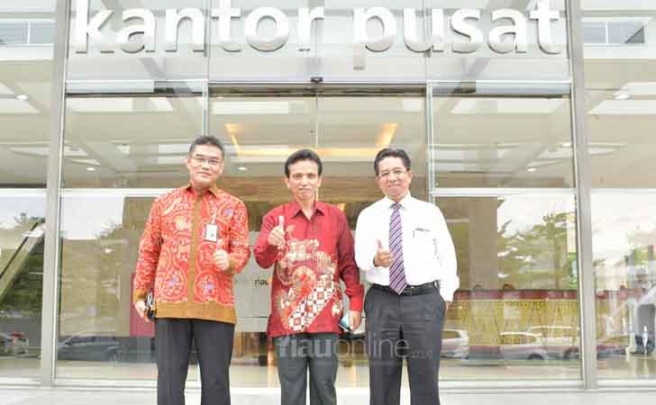 Lihat-Gedung-Menara-Dang-Merdu-Bank-Riau-Kepri.jpg