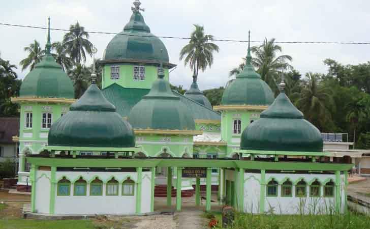 Masjid-Raya-Pangkalan-50-Kota.jpg