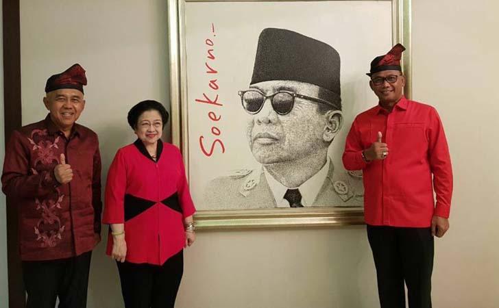 Megawati-dengan-Andi-Rachman-Suyatno.jpg
