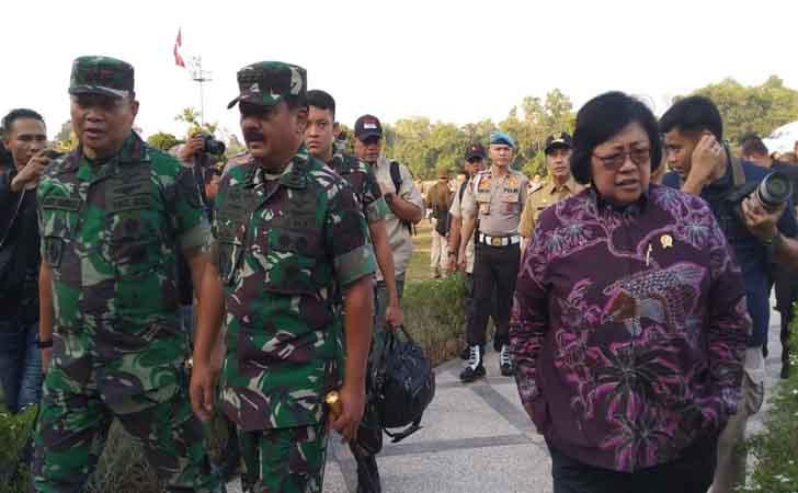 Menteri-Siti-Nurbaya-dan-Panglima-TNI.jpg