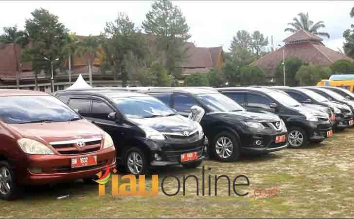 Mobil-Dinas-Pemprov-Riau-Dikandangkan.jpg
