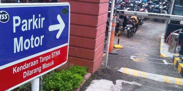 Parkir-Motor.jpg
