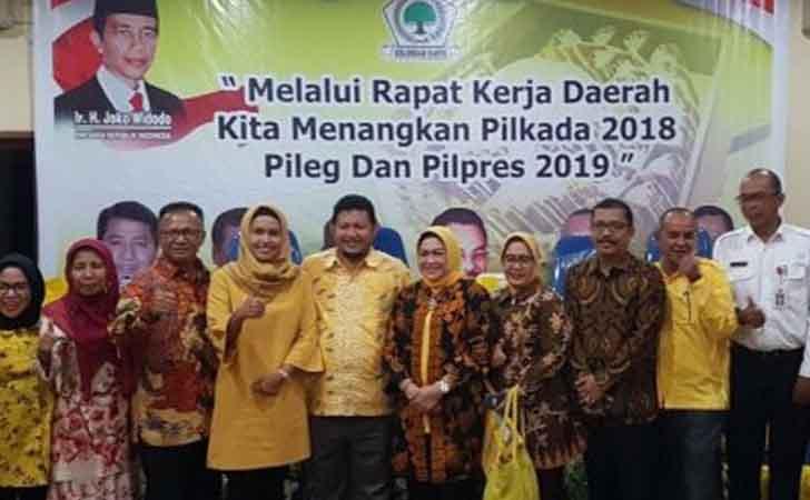 Pejabat-Pemprov-Riau-Hadiri-Rakerda-Golkar.jpg
