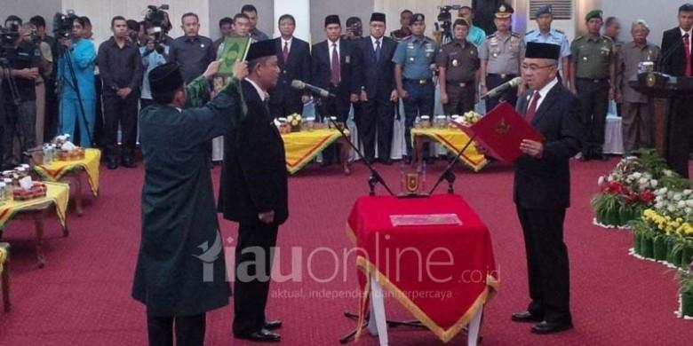 Pelantikan-Ahmad-Hijazi-Sebagai-Sekdaprov-Riau.jpg