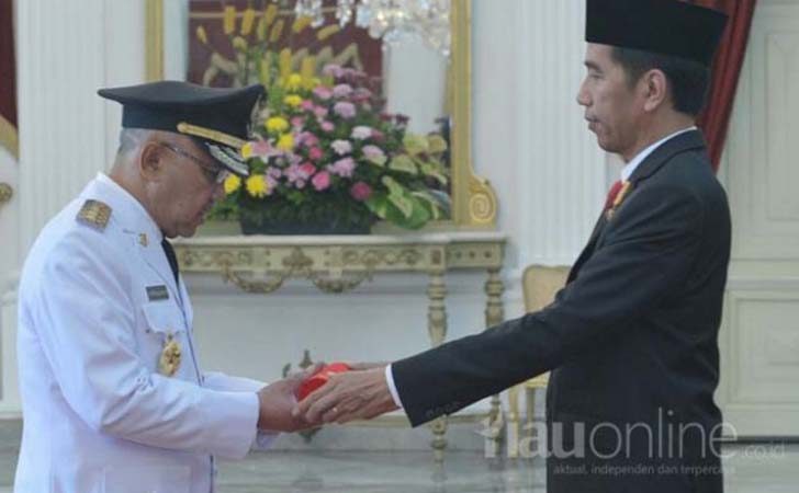 Pelantikan-Gubernur-Riau-oleh-Presiden-Jokowi.jpg
