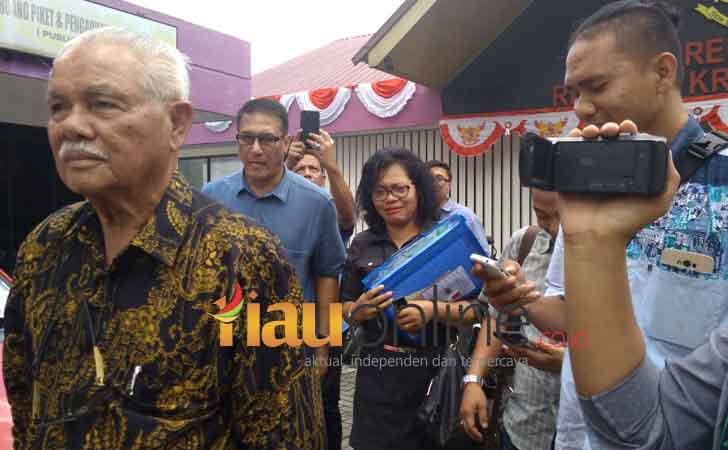 Pemilik-PT-Hutahean-Diperiksa-Polda-Riau.jpg