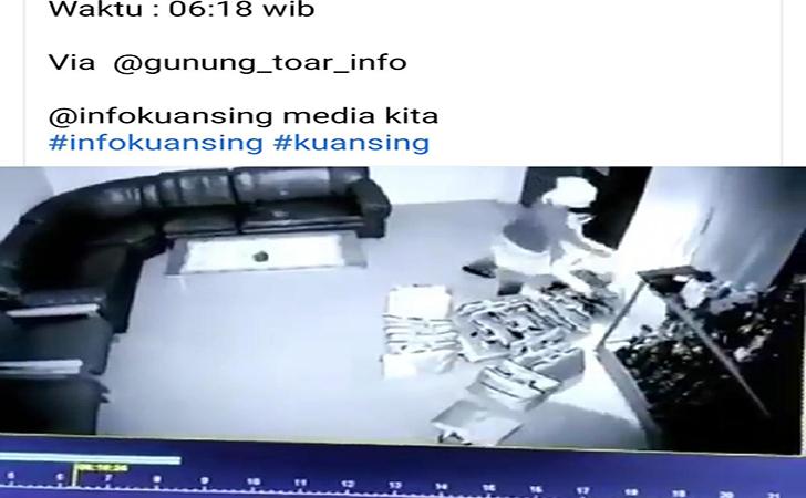 Pencurian-laptop.jpg
