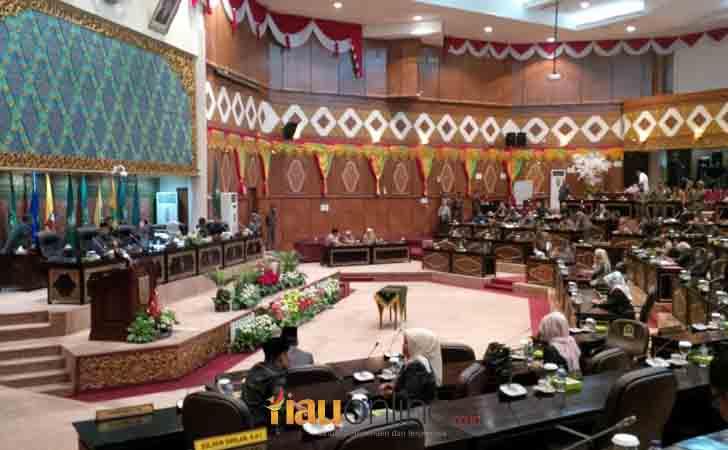 Pengesahaan-Rencana-RTRW-Riau.jpg