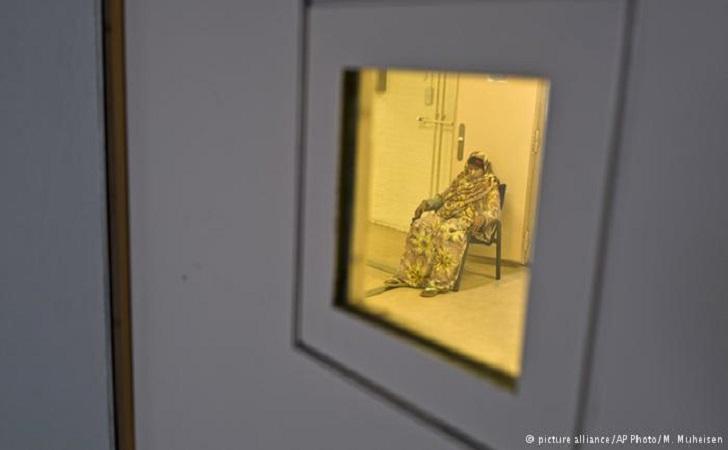 Pengungsi-Suaka-di-Penjara-Belanda.jpg