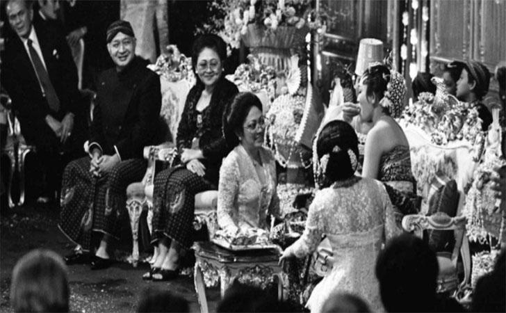 Pernikahan-Prabowo-Subianto-dan-Titiek-Soeharto-1983.jpg
