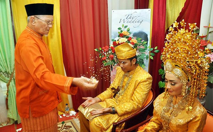 Pernikahan-adat-Riau2.jpg