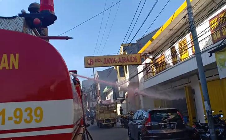 Pertokoaan-di-Makassar.jpg
