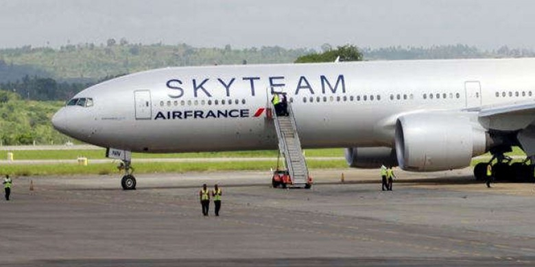 Pesawat-Air-France.jpg