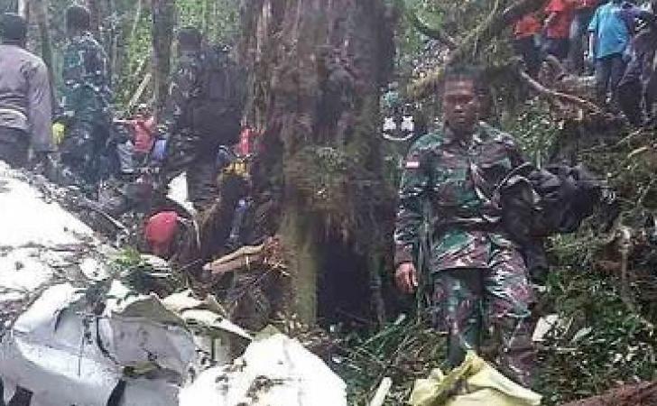 Pesawat-Dimonim-jatuh-di-Papua.jpg