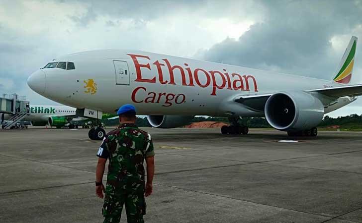 Pesawat-Ethiopian-Cargo.jpg