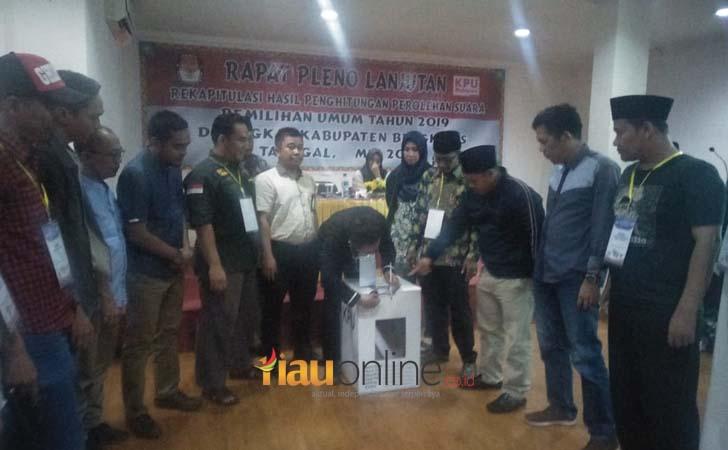 Pleno-KPU-Kabupaten-Bengkalis.jpg
