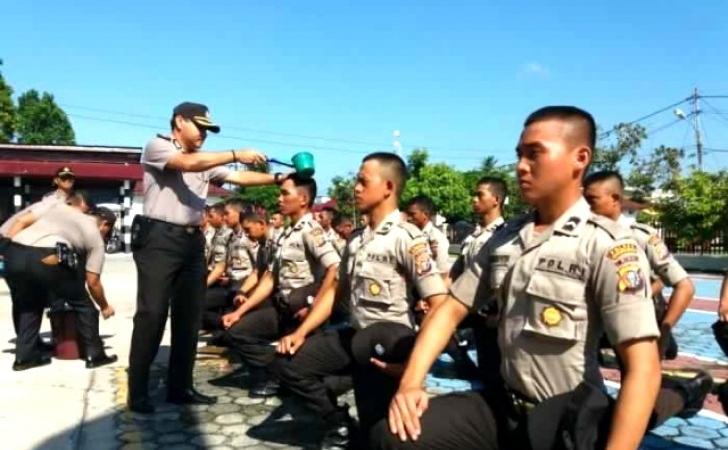 Polisi-baru-dilantik.jpg
