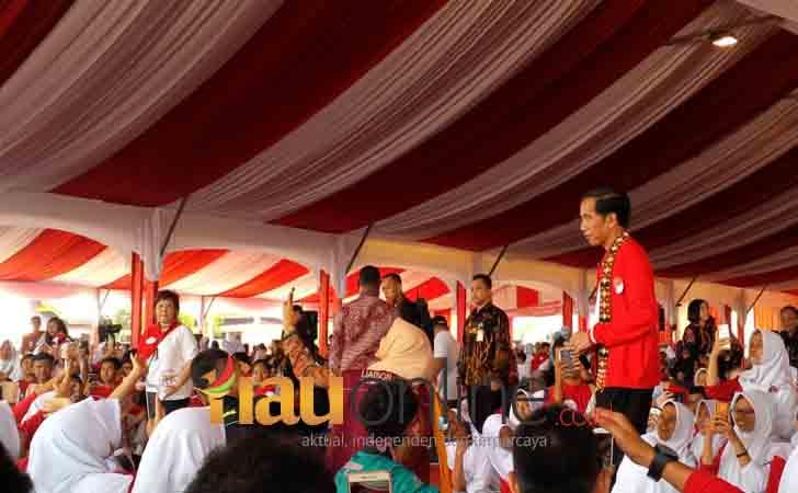 Presiden-Jokowi-di-Acara-Peringatan-HAN.jpg