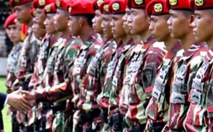Presiden-Jokowi-di-Mako-Kopassus.jpg