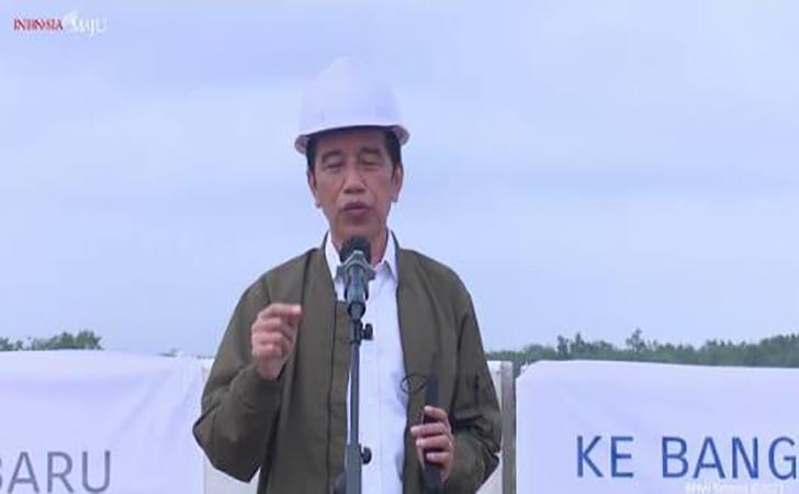 Presiden-Jokowi-tinjau-tol-Pekanbaru-Bangkinang.jpg