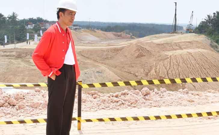 Presiden-Tinjau-Jalan-Tol-Pekanbaru-Dumai.jpg