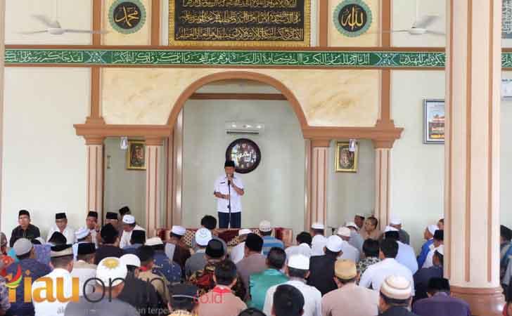 Prosesi-melepas-jenazah-H-Muslimin-Mabbate.jpg