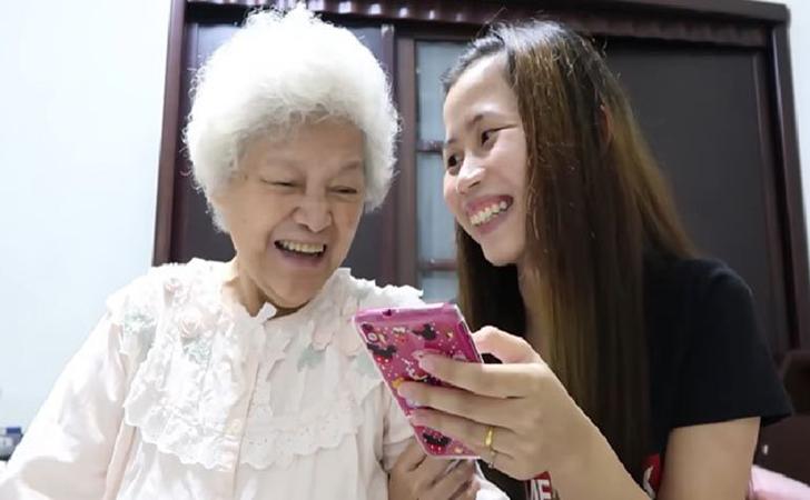 Putri-Oshyn-dan-Nenek-Nainai.jpg
