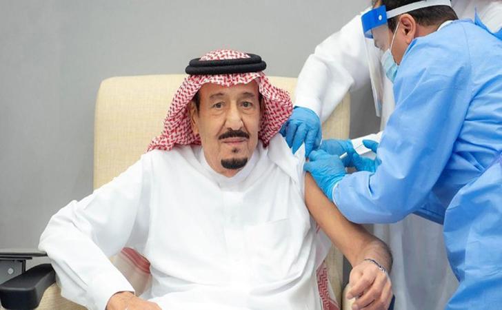 Raja-Salman-disuntik-vaksin2.jpg