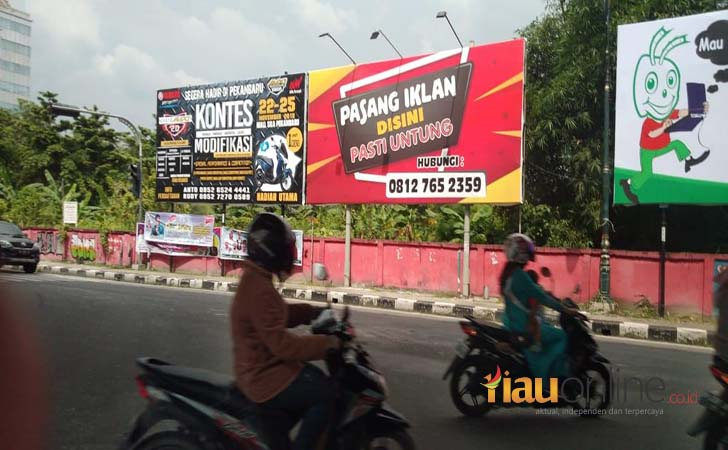 Reklame-langgar-aturan.jpg