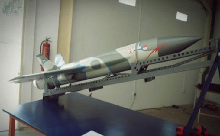 Rudal-Petir-V-101.jpg