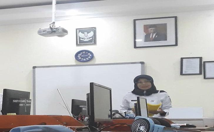 SMKN-12-Tak-Pasang-Foto-Jokowi.jpg