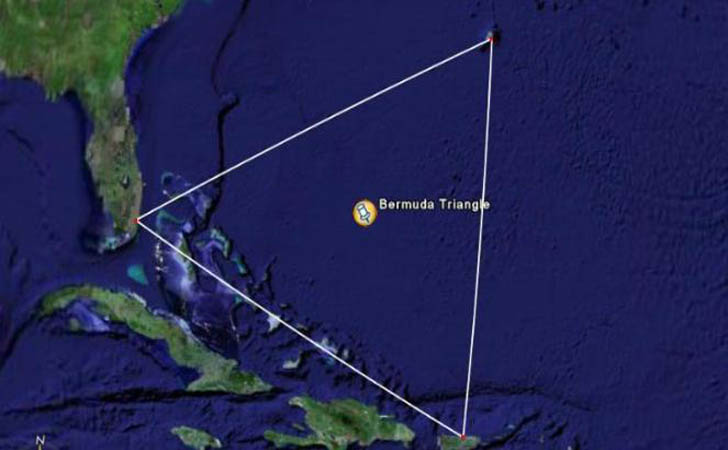 Segitiga-Bermuda1.jpg