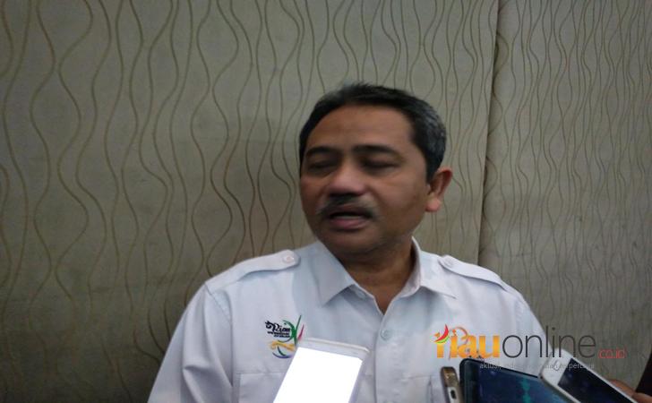 Sekdaprov-Riau-Ahmad-Hijazi-di-Hotel-Aryadutha.jpg