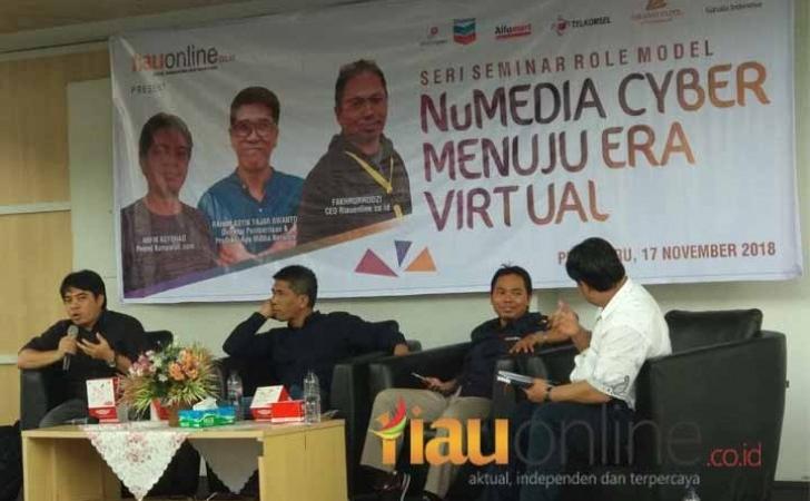 Seminar-NuMedia-Cyber-Menuju-Era-Digital.jpg